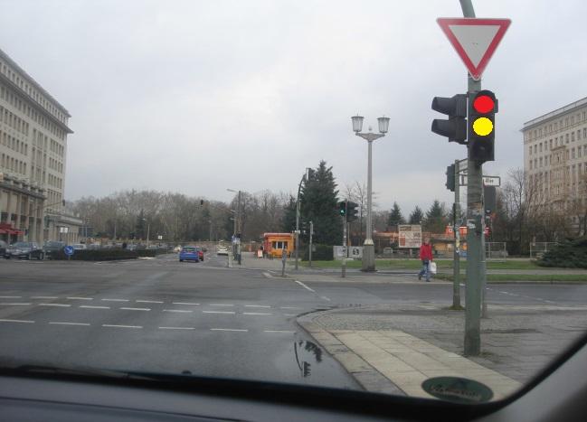 Çfarë domethënie kanë dritat në semafor?