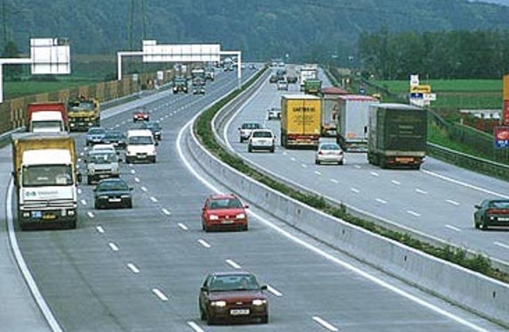 Çka duhet të keni parasysh gjatë ngasjes në autoudhë?