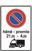 Sinjali në figurë tregon se ndalohet pushimi i mjeteve nga ora 21:00 deri në orën 4:00, të ditës së hënë deri të premte, për arsye të pastrimit të rrugës.