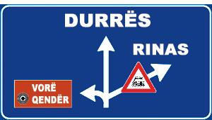 Sinjali në figurë tregon se, në rast se kthehemi djathtas, futemi në një rrugë që ka kalim në nivel të pambrojtur.