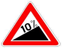 Sinjali në figurë paralajmëron një rrugë në zbritje me pjerrësi 10%.