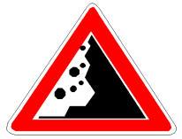 Sinjali në figurë paralajmëron një pjesë rruge, në të cilën mund të ketë gurë ose masa dheu të shkëputur nga shkëmbinjtë në të djathtë.