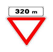 Sinjali në figurë mund të paralajmërojë një zonë shërbimi në autostrada.