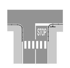 """Shkrimi """"STOP"""" mbi rrugë, si në figurë, bashkëshoqëron sinjalin vertikal """"NDAL DHE JEP PËRPARËSI""""."""